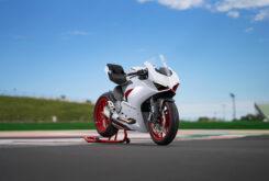 Ducati Panigale V2 2020 White Rosso (57)