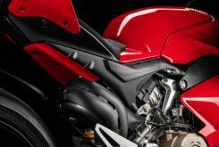 Ducati Panigale V4 S 2020 25