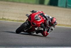 Ducati Panigale V4 S 2020 32
