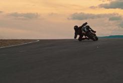KTM 1290 Super Duke R 2020 teaser (5)
