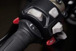 Triumph Street Triple RS 765 2020 detalles11