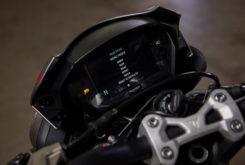 Triumph Street Triple RS 765 2020 detalles23