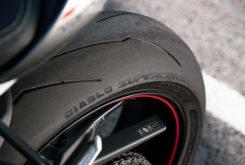 Triumph Street Triple RS 765 2020 detalles33