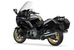 Yamaha FJR1300 Ultimate Edition 2020 03