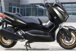 Yamaha XMAX 300 Tech Max 2020 24