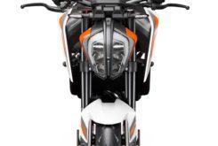KTM 890 Duke R 2020 46