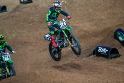 Kawasaki Team Green Cup supercross salto