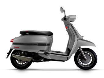 Lambretta V200 Special 2020 01
