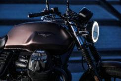 Moto Guzzi V7 III Stone Night Pack 202040