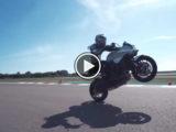 Suzuki Katana Sarah Lezito stunt play