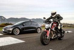 Tesla Model 3 vs Zero SRF 2020 04