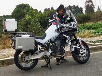 CFMoto MT800 espia bikeleaks (1)