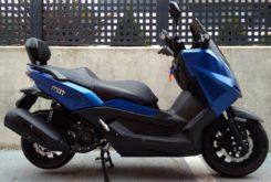 Mitt 300 GTS perfil