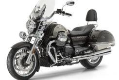 Moto Guzzi California 1400 Touring SE estudio