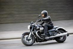 Moto Guzzi California 1400 Touring ciudad