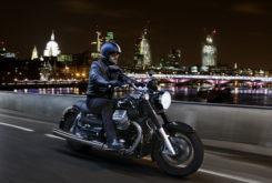 Moto Guzzi California 1400 Touring night