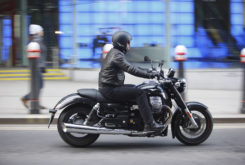 Moto Guzzi California 1400 Touring side