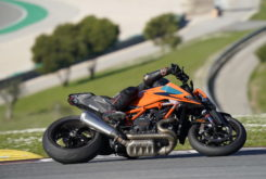 Prueba KTM 1290 Super Duke R 2020 04
