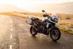 Triumph Tiger 1200 Alpine 2020 01