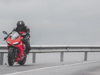 Ducati Panigale V2 2020 Prueba carretera