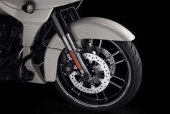 Harley Davidson CVO Road Glide 2020 03