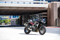 Triumph Street Triple R 2020 07