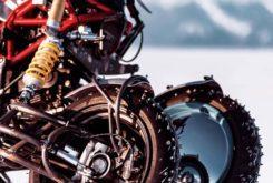 preparacion moto 3 ruedas Balamutti tren delantero