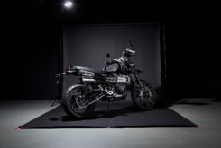 Triumph Scrambler 1200 Bond Edition 2