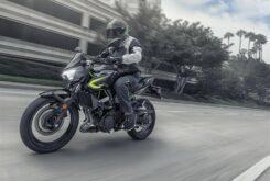 Kawasaki Z400 2020 (13)