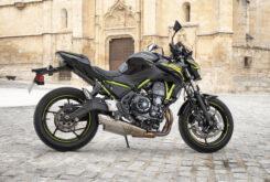 Kawasaki Z650 detalles 2 2020
