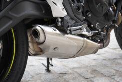 Kawasaki Z650 detalles escape 2020
