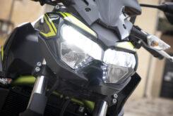 Kawasaki Z650 detalles faros 2020