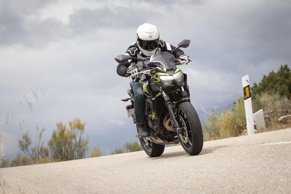 Kawasaki Z650 2021 : Precio, fotos y ficha técnica