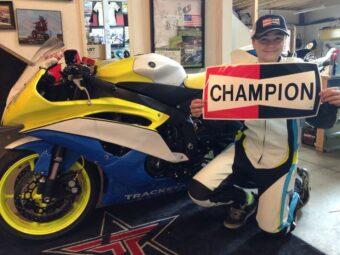 Champion Parts Motorbike (1)