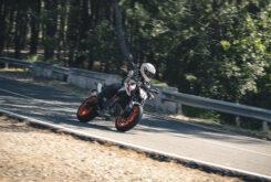 KTM 890 Duke R 2020 prueba 7