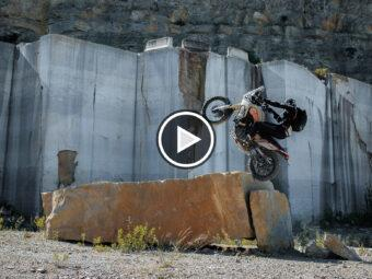 The Seeker VideoYamaha Tenere 700 Pol Tarres80Play