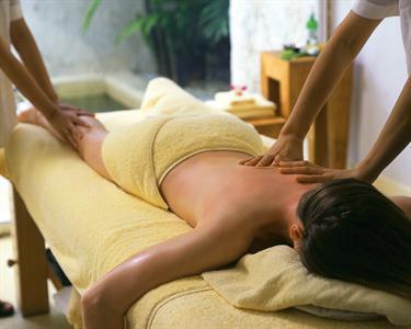 Massagem a 4 Mãos | Prazer e Relax a Dobrar
