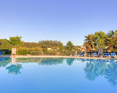 Tulip Inn Estarreja Hotel & Spa   1 Noite Romântica com Jantar