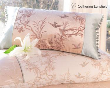 Almofada Swallows Catherine Lansfield® 65x65