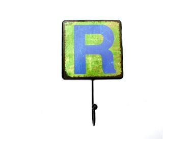 Cabide Decorativo Letters Metal   Letra R