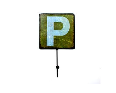Cabide Decorativo Letters Metal | Letra P