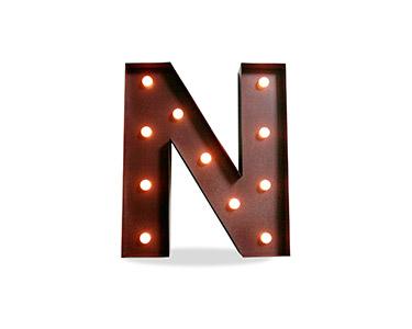 Iluminação Metálica Decorativa | Letra N