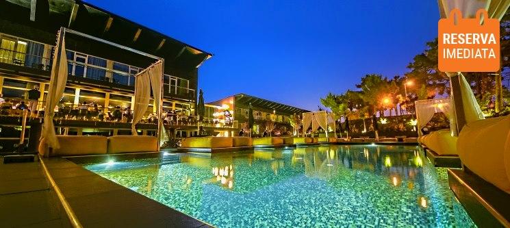 Evidência Belverde Atitude Hotel 4* | Férias de Sonho c/ Praia, Piscina & SPA
