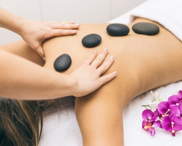 Massagem Relax, Velas ou Pedras Quentes | Quinta do Conde