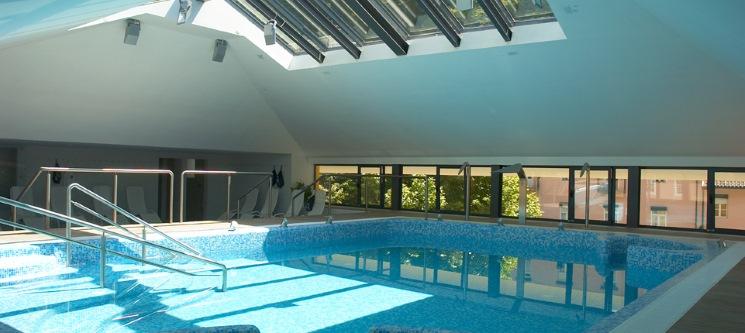 Hotel Águas do Gerês | 1 ou 2 Noites Relax com Massagem