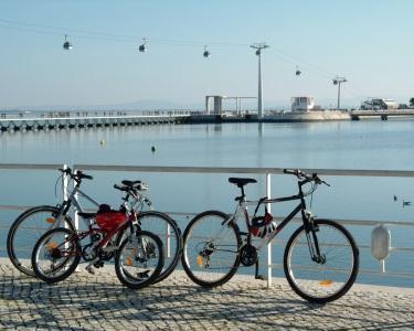 Lisbon by Bike - 1h30 | Aventura Total nas Zonas Ribeirinhas | 1 ou 2 Pessoas