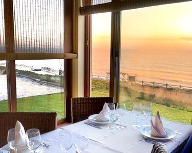 Jantar Romântico à Beira Mar - Sintra