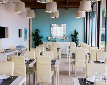 Romance a Dois na Praia de Sesimbra | Portofino Restaurante Bar