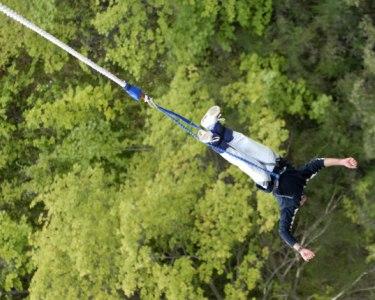 Adrenalina & Amigos! Salto Pendular para até 4 Pessoas | Aventuresca