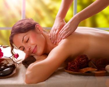 1 ou 4 Massagens de Relaxamento de Costas | 30 Minutos | Marquês